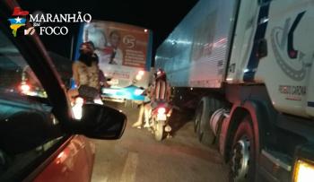 Caminhoneiros protestam contra aumento de combustível em rodovias no MA