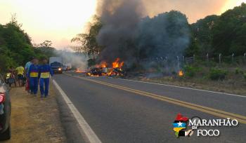 Grave acidente na BR-222 deixa nove mortos e um ferido